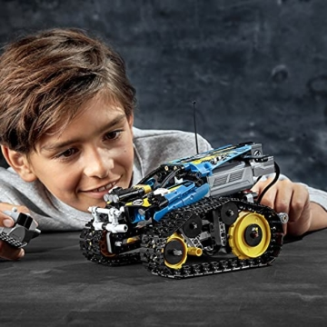 LEGO 42095 Technic Ferngesteuerter Stunt-Racer Spielzeug, 2-in-1-Rennwagen, Modell mit Motorfunktionen, Rennwagen-Kollektion - 6