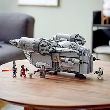 LEGO 75292 Star Wars Der Mandalorianer – Razor Crest, mit Baby Yoda