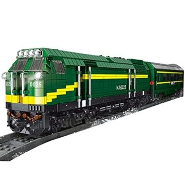 Mould King 12001 diesellok