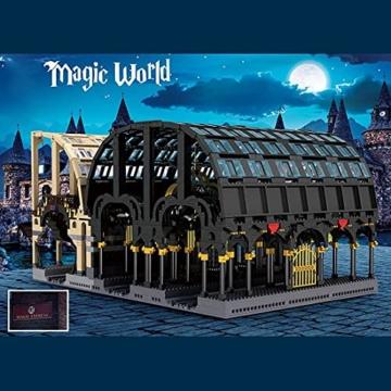 Mould King 12011 Magic Train Station