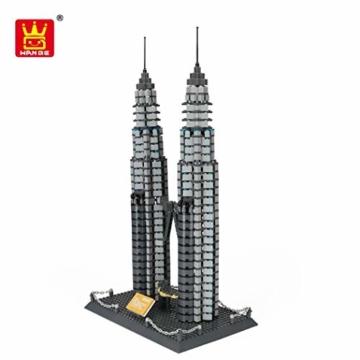 Wange 5213 Petronas Towers in Kuala Lumpur